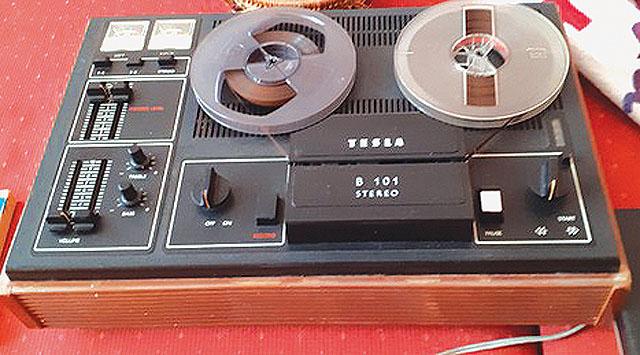 Tesla B101, kotoučový magnetofon,...