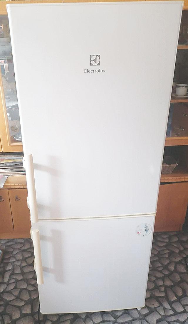 Lednice Elektrolux, stará cca...
