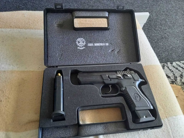 Jericho, značková pistole, 9 mm